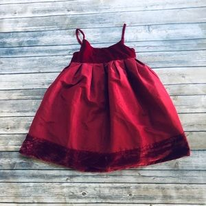 Girls gap red holiday dress! Size 4-5